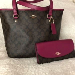 Coach tote and matching wallet
